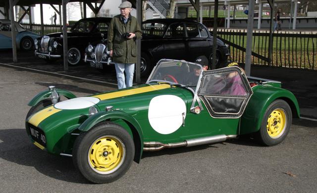 Lotus 7 (Forrás: Wikipedia)