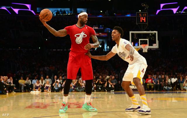 LeBron James még Miami-játékosként tavaly, utálta a karácsonyi mezeket