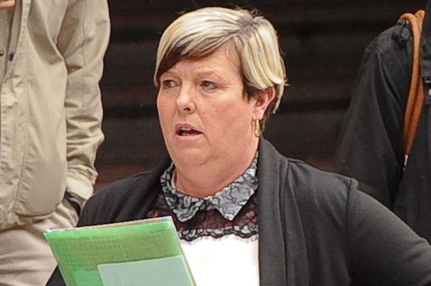 Julie Phillips a bíróságon