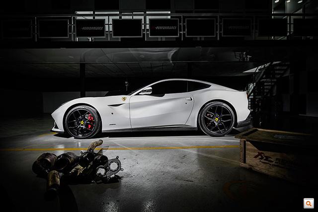 ferrari-f12berlinetta-pp-performance1