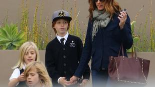Julia Roberts szerint anyának olyan lenni, mint légiirányítónak
