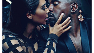 Kardashian és Kanye West reklámban cserélnek nyálat