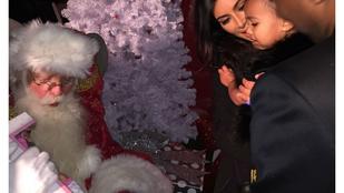 Kardashianékhoz arany rolexes mikulás jár