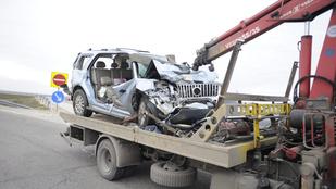 Frontális ütközés volt az M6-os autópályán