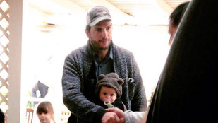 Ashton Kutcheré a mai nap legaranyosabb babája