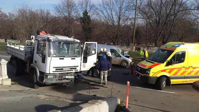 2013 harmadik negyedévében 4844 közúti balesetet regisztráltak, ez csökkent a tavalyi harmadik negyedévre 4557-re