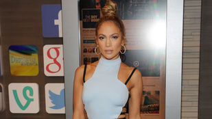 Jennifer Lopez tényleg bármit felvehet