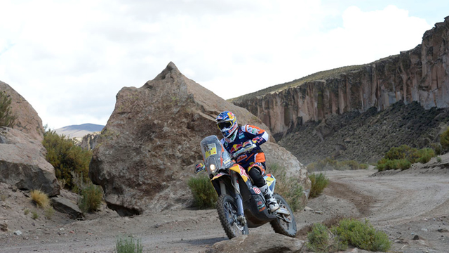 Marc Coma továbbra is az élen áll, a tizedik etapot a második legjobb idővel hozta