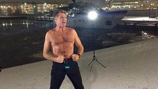 David Hasselhoff Finnországban sem fázik félpucéran