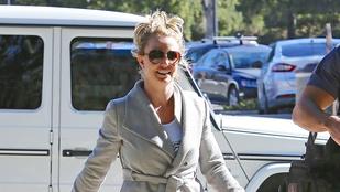 Britney Spears okosan küzd az izzadtság ellen