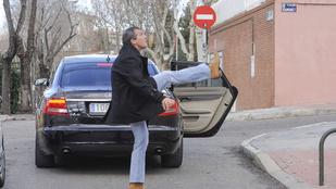 Antonio Banderas nagyon magasra tudja lendíteni a lábát