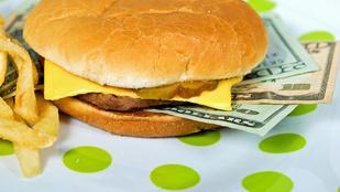 Menü helyett százezreket kapott elvitelre a Burger Kingben