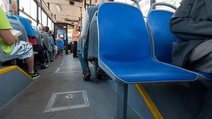 Buszülésre szart egy utas Csongrádban