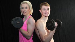 Ez a 15 éves srác a nővérét akarja lenyomni testépítésben
