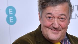 Pókemberes ragtapaszt villantott Stephen Fry
