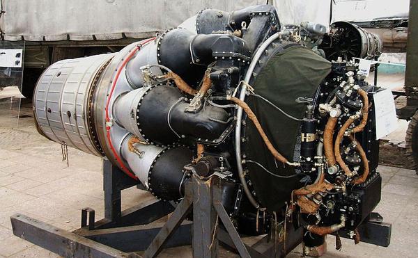 Egy kiszerelt VK–1-es sugárhajtómű