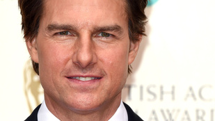 Tom Cruise végre előbújt