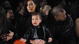 Kardashian lánya miatt kitiltanák a gyerekeket a divatbemutatókról
