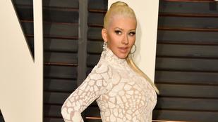 Christina Aguilera óriásmellel támadt az Oscaron