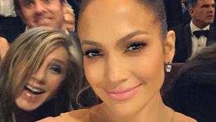 Jennifer Lopez ügyesen szétszelfizte az Oscar-gálát