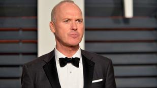 A legkínosabb Oscar-pillanat: Michael Keaton eldugja a köszönőbeszédét