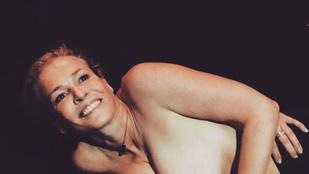 Chelsea Handler születésnapját pucér képekkel ünnepelték