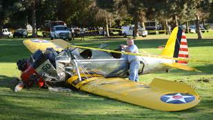 Lezuhant repülőjével Harrison Ford