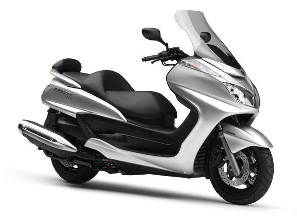 Yamaha Majesty 400: nincs vele gond
