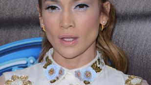 Jennifer Lopez is tud rettenetesen kinézni
