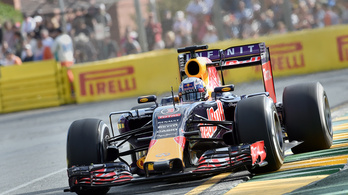 A Red Bull Racing a kivonulással fenyeget