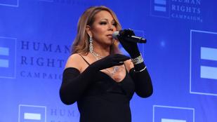 Mariah Carey csak belepasszírozta magát ebbe a ruhába