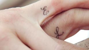 Találja ki, melyik páré ez a két romantikus tetoválás!