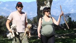 Lehet még ennél is nagyobb Milla Jovovich terheshasa?