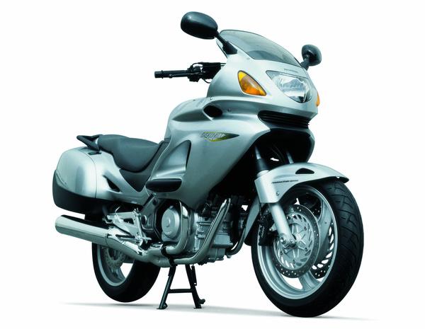 Honda NT650 Deauville (2003)