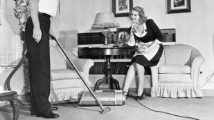 A nők jobban akarják a szexet, ha a férfi besegít a házimunkába
