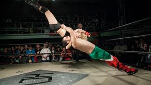 A ringben halt meg a mexikói pankrátor