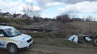 3 hete nem tudják azonosítani az érdi patakban talált holttestet