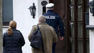 Rendőrök vannak a Germanwings-pilóta házánál