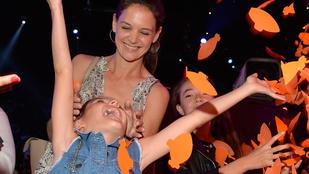 Suri Cruise nagyon élvezte a Kid's Choice Awardsot