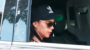Victoria Beckham az autóban szundikált egyet