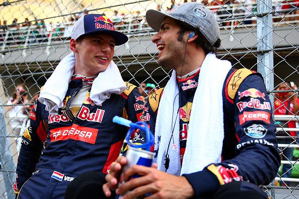 Verstappen és Sainz Jr. Malajziában, a futam előtt
