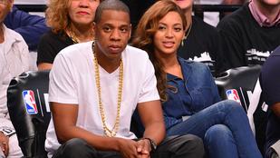 Jay-Z-nek van egy telefonszáma, amin csak Rihanna hívja