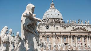 A Vatikán arra kéri az apácákat, hogy ne facebookozzanak annyit