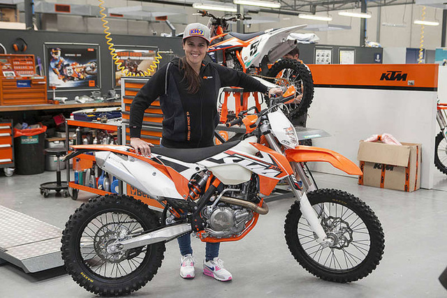 Laia Sanz és a KTM EXC