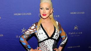 Christina Aguilera ruhája ronda, de zseniális