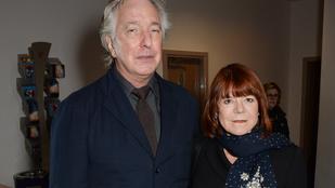 50 évvel a megismerkedésük után Alan Rickman elvette a barátnőjét