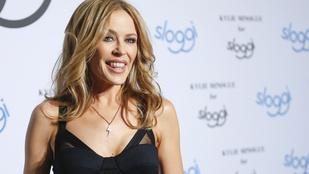 Kylie Minogue még az előnytelen asszonyruhában is szép
