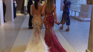 Kim Kardashian és Jennifer Lopez seggtestvérek