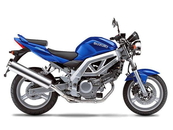 Suzuki SV650 - létezik belőle 48 LE-s fojtott változat, alacsonyabb embereknek is megfelelő
