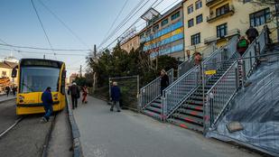 Már a metró sem áll meg a Széll Kálmán téren